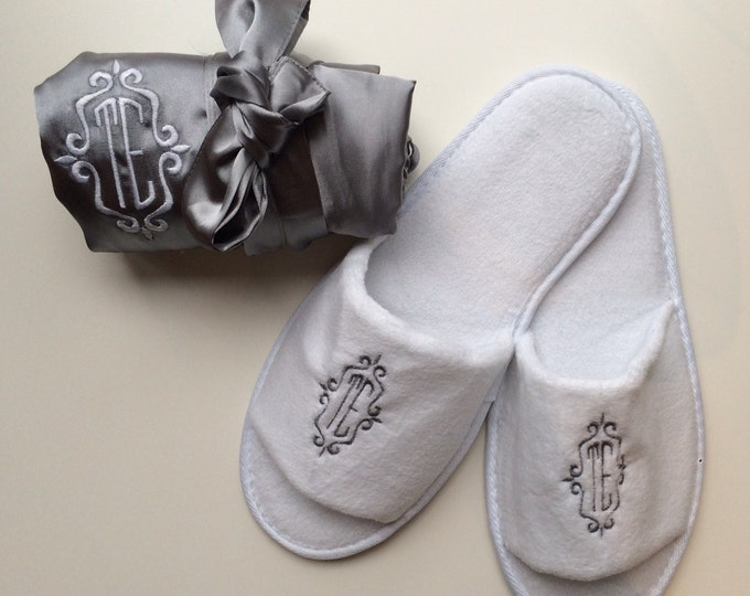 Bridal Party Robes with Spa Slippers, Set of 13, Bridesmaid Gift, Wedding Party, Bridal Party Robes, Bridesmaids Robes, Custom Spa Slippers