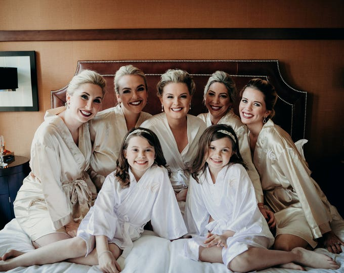 Bridesmaid Robes, Set of 13, Satin Robes, Bridesmaids Gifts, Wedding Party, Monogrammed Bridal Party Robes, Silk Bridesmaid Robes, Silk Robe