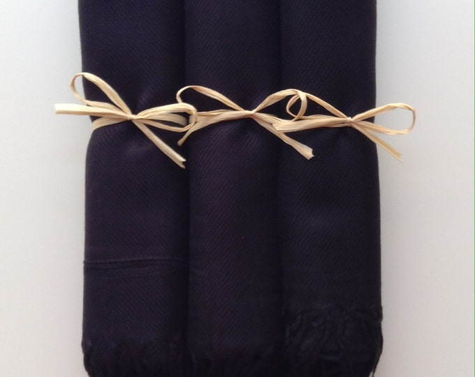 Black Shawls with Raffia Ribbon, Set of 3, Pashmina, Scarf, Wedding Favor, Bridal Shower Gift, Bridesmaids Gift, Wraps, Welcome Bags