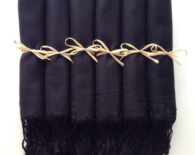 Black Shawls with Raffia Ribbon, Set of 11, Pashmina, Scarf, Wedding Favor, Bridal Shower Gift, Bridesmaids Gift, Wraps, Welcome Bags