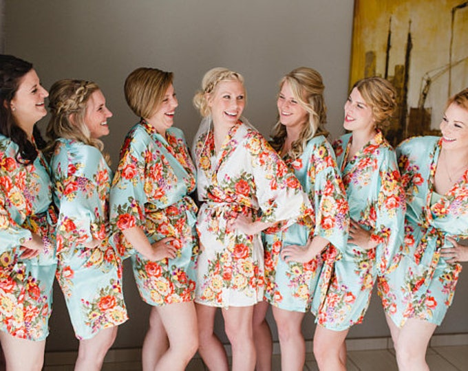 Floral Robes, Set of 2, Floral Satin Robe, Silk Floral Robes, Bridesmaids Gifts, Wedding Party, Bridal Party Robes, Silk Bridesmaids Robe