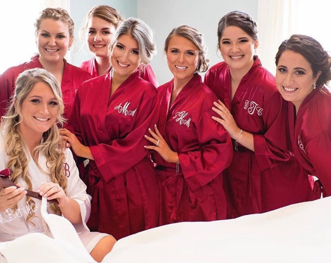 Bridesmaid Robes, Set of 10, Satin Robes, Bridesmaids Gifts, Wedding Party, Monogrammed Bridal Party Robes, Silk Bridesmaid Robes, Silk Robe