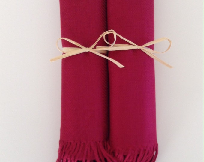 Wine Red Shawls with Raffia Ribbon, Set of 2, Pashminas, Scarf, Shawl, Wedding Favor, Bridal Shower, Bridesmaids Gift, Wrap, Welcome Bags