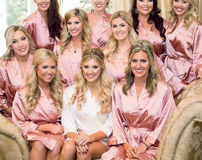 Bridesmaid Robes, Set of 8, Satin Robes, Bridesmaids Gifts, Wedding Party, Monogrammed Bridal Party Robes, Silk Bridesmaid Robes, Silk Robe