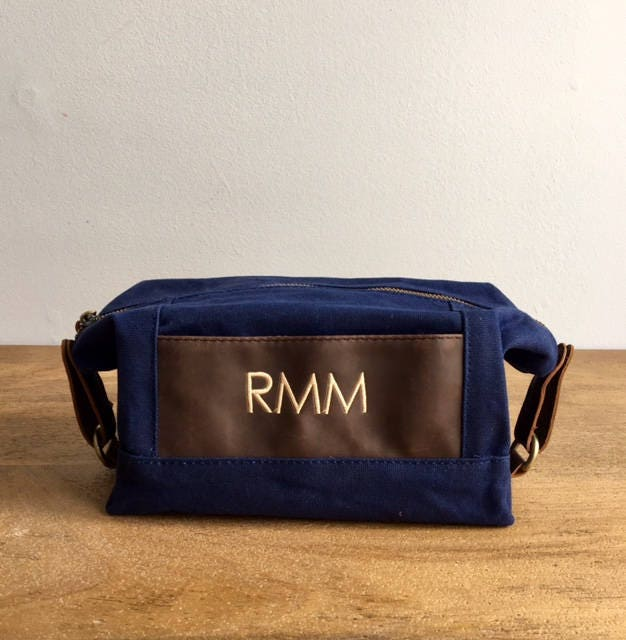 eeee75d746be Monogrammed Groomsmen Bags