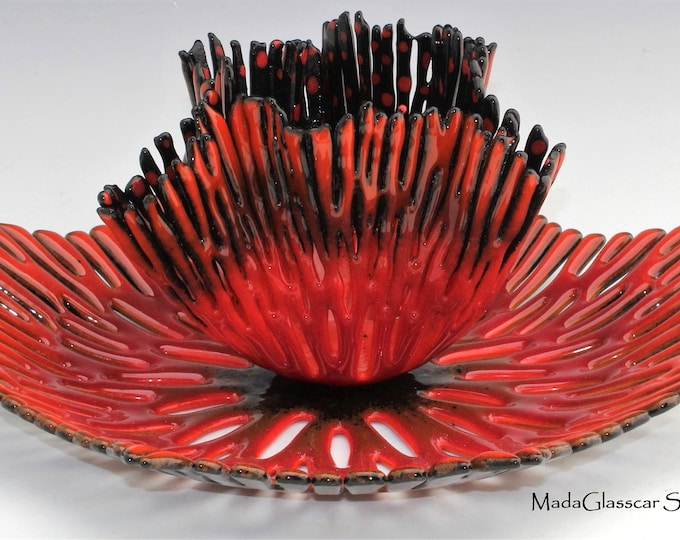 Featured listing image: Fiery Coral Nested Bowl