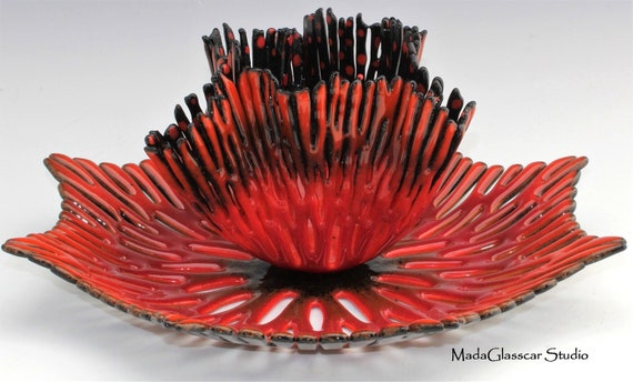 Fiery Coral Nested Bowl