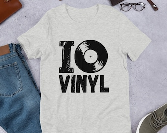 I Love Vinyl Records Short-Sleeve Unisex T-Shirt