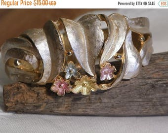 ON SALE Brushed Gold Tone Cuff Bracelet - Pink & Yellow Flowers