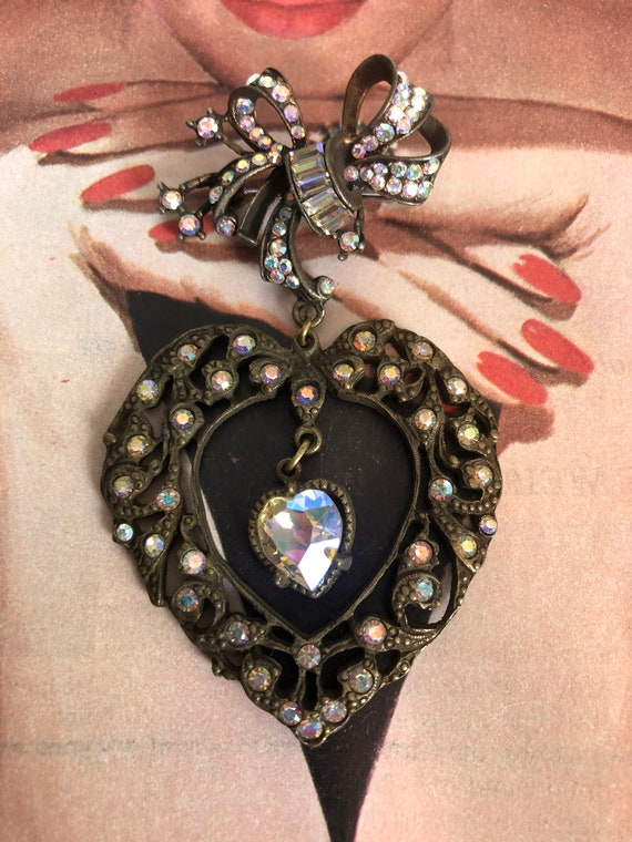 Vintage Bow and Heart Valentines Novelty Brooch -… - image 2