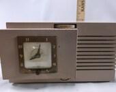 Tube Radio Telechron Musalarm Clock Radio Atomic Era Space Age Vintage 8H67 Superheterodyne Works Good .epsteam
