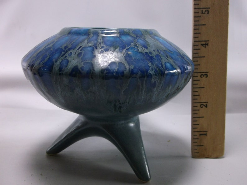 Vintage Mid-Century Retro 1960/'s U F O Blue Drip Glaze Ceramic Planter.epsteam