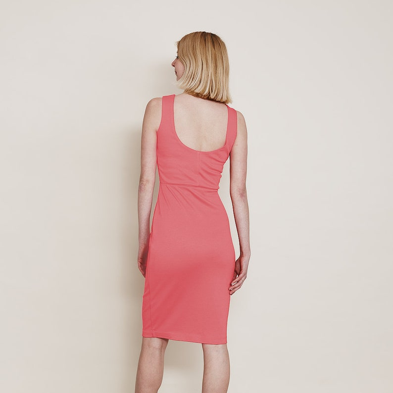 43607124ae Marilyn Classic Scoop Neck Bodycon Dress in Coral Pink. Pink   Etsy