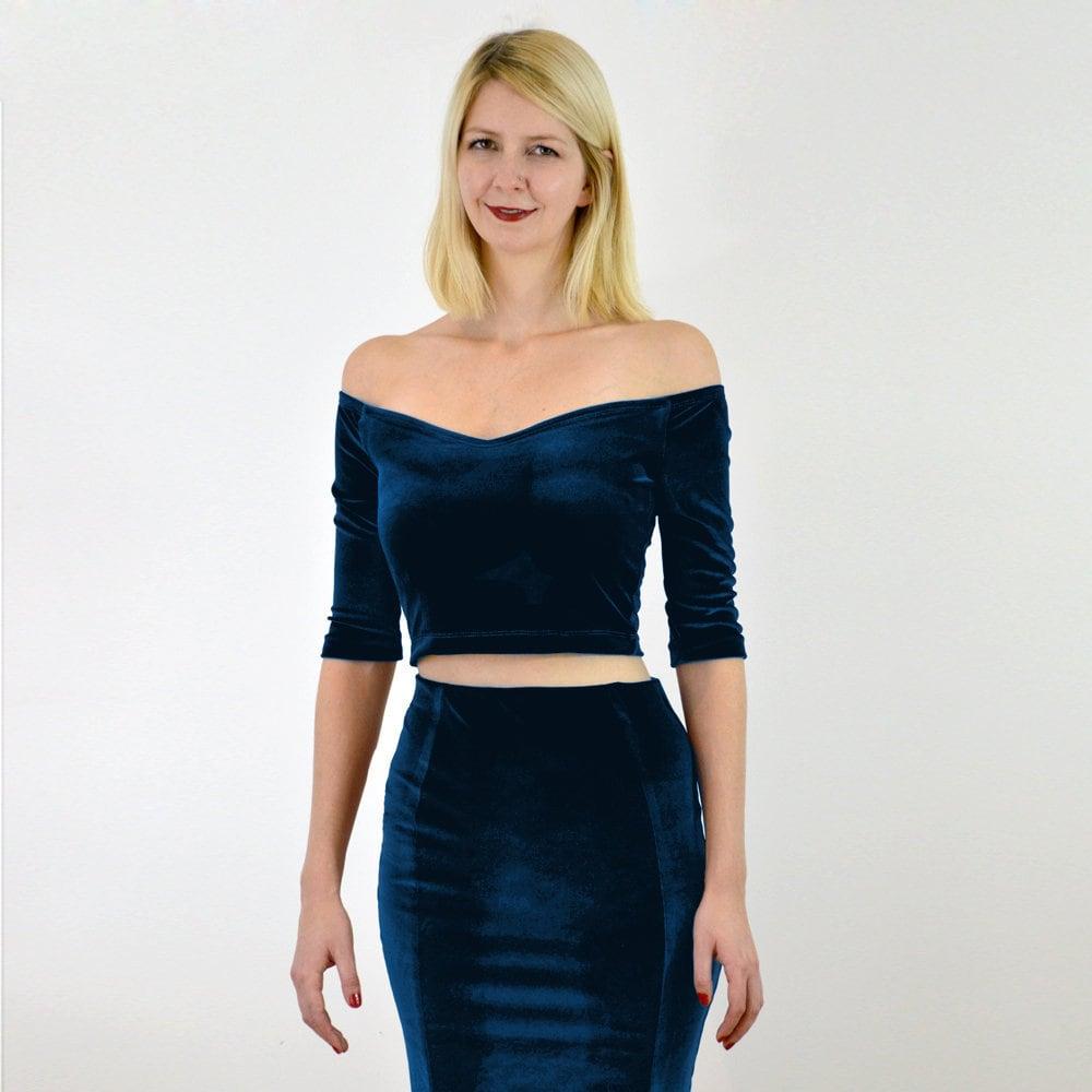 e3785e1ef57836 Velour Off Shoulder Crop Top in Navy Blue. Plush Velvet Crop