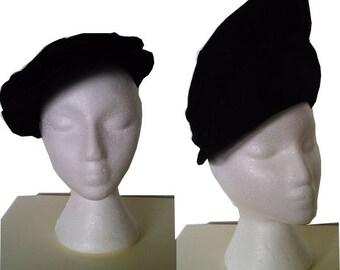 Vintage hat black wool and velvet 1940 1950  40s 50s