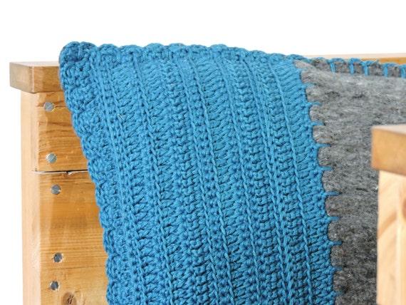 Petrol Blauw Kussens : Sale gehaakt kussen pakdeken met gehaakte voorkant in petrol etsy