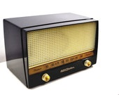 Ebony Classic 1954 RCA Victor 4-X-641 Tube Radio Excellent Condition Works Great