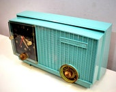 Sea Foam Green 1957 Vintage RCA Victor 3RD-35 Vacuum Tube AM Clock Radio Works Great Looks Great