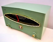 Spruce Green 1956 Zenith A615F AM Vacuum Tube Radio Real Looker Sound Blaster
