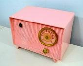 Shell Pink Vintage 1956 RCA Victor 6-X-5 Tube AM Radio