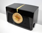 Arabica Brown Vintage 1949 RCA Victor Model 8X541 AM Vacuum Tube Radio Popular Model In Its Day and Today