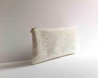 3451ec0345b6 Wedding clutch