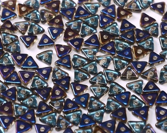 TRI BEAD Crystal Azuro Blue, 4mm Metallic Azuro Blue finish, 5 grams (approx 170 beads)