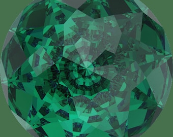 Swarovski 1400 Dome Round Stone EMERALD 18mm, 90 faceted points, Platinum-colored Pro Foiled (1 piece)