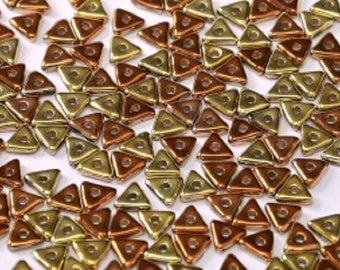TRI BEAD Crystal California Gold Rush, 4mm Metallic gold and red copper finish, 5 grams (approx 170 beads)