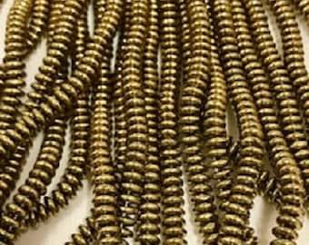 CZECHMATES 2 Hole beads