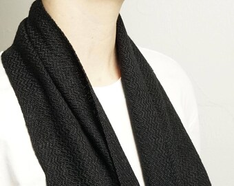 Handwoven Infinity Scarf in Pitch