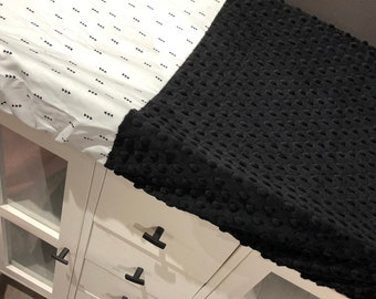 crib sheet for changing mat, black triangle on white, navy minky