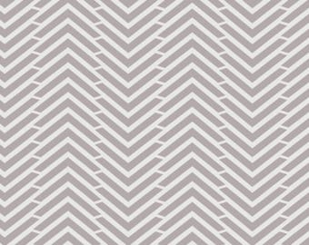 (Only) crib skirt, mini zig zag grey/beige