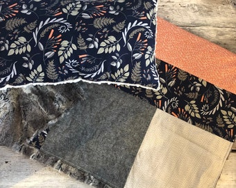 """LAST available blanket (blanket) Navy and coral leaves 28 x 40 """"back fur brown/beige + cushion decorative ivory minky backing"""