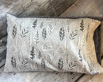 Baby buckwheat scales pillow, grey leafs