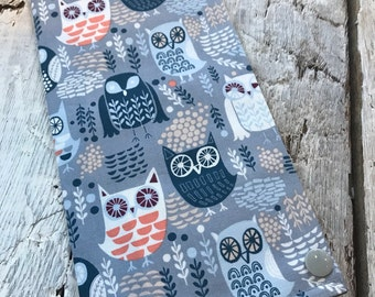Protects health record, blue owls, int.grillage blue (the direction of the patterns may vary)