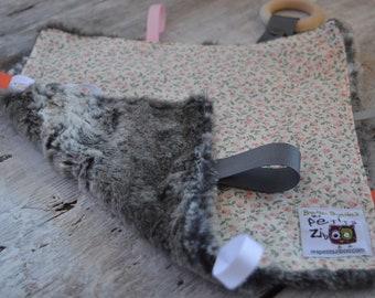 Baby Little toy blanket, little flowers,  blankie. ribbons blanket. Fake fur on the back side