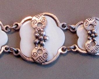 Vintage Floral Ivory Shell and Decorative Silver Toned Metal Link Bracelet