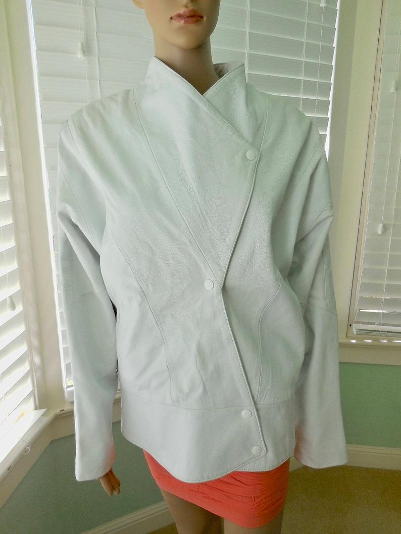 White LEATHER COAT Womens 80s Vintage White Leather Blazer Winter Coat 80s Leather Jacket Boxy Leather Coat Leather Waist CoatBONNIEMedium