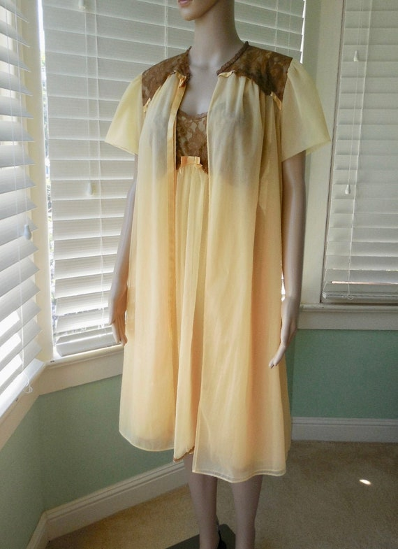 60s Chiffon BABYDOLL Nightgown Set VANITY FAIR Vin