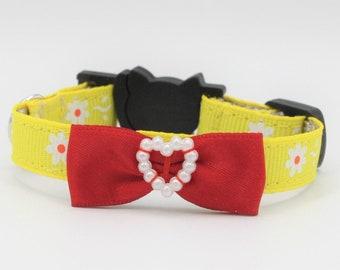 Yellow Couture Cat/Kitten Collar, Breakaway collars, Kitten collar, Yellow daisy Cat collar, Couture Cat Collar, Fancy Cat collars,