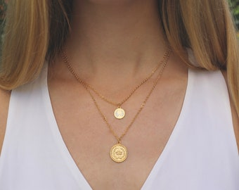 Gold Coin Necklace // Tiny Queen Coin Medallion // Minimal Necklace // Layering Necklace // Gold Disc Necklace // Simple Everyday Jewelry