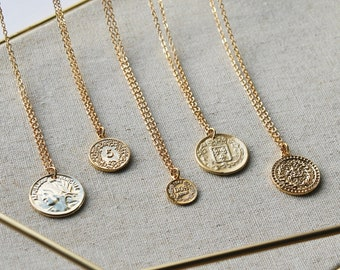 Gold Coin Necklaces for Layering // Coin Medallion // Minimal Necklace // Gold Disc Necklace // Simple Everyday Jewelry / Gift for Women