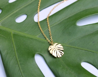Monstera Leaf Necklace / Tropical Plant Necklace / Jungle Style / Gold Minimal Necklace / Swiss Cheese Plant Layering Necklace / Plant Gift