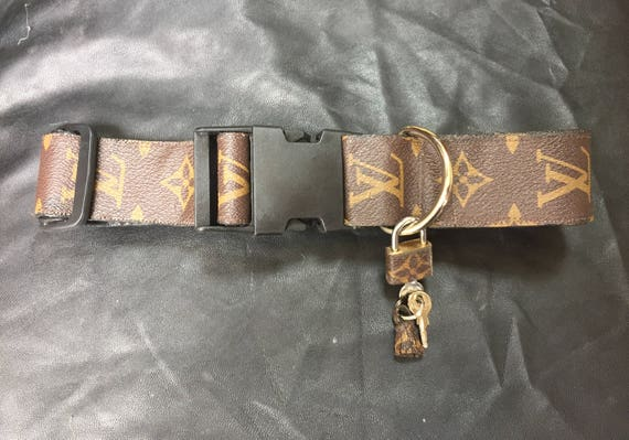5fc048529dc Louis Vuitton dog collar LEATHER adjustable Large 1.5