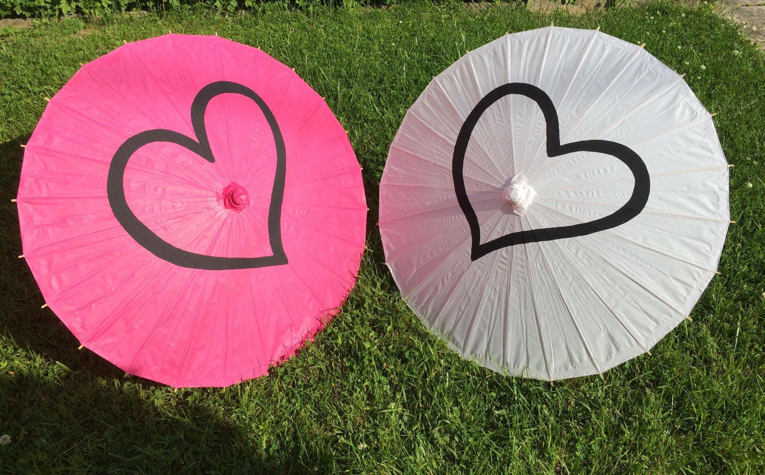 Heart Paper Parasols for Wedding Pictures Wedding Decor