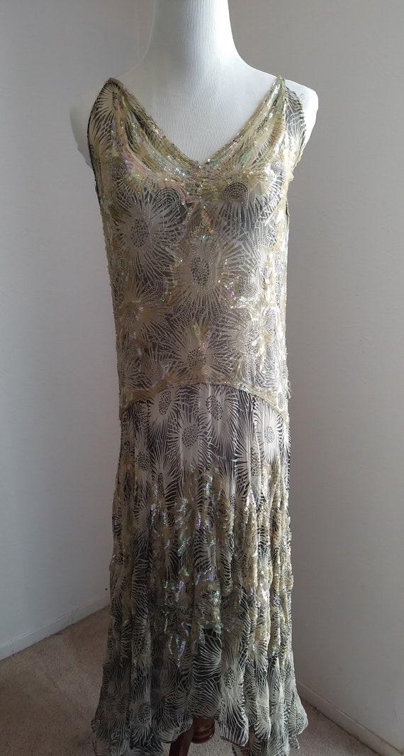 Vintage gorgeous 1920s flapper beaded sequin dress