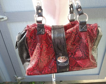 Vintage 1980s  red black metal mesh snakeskin print chain handle purse handbag