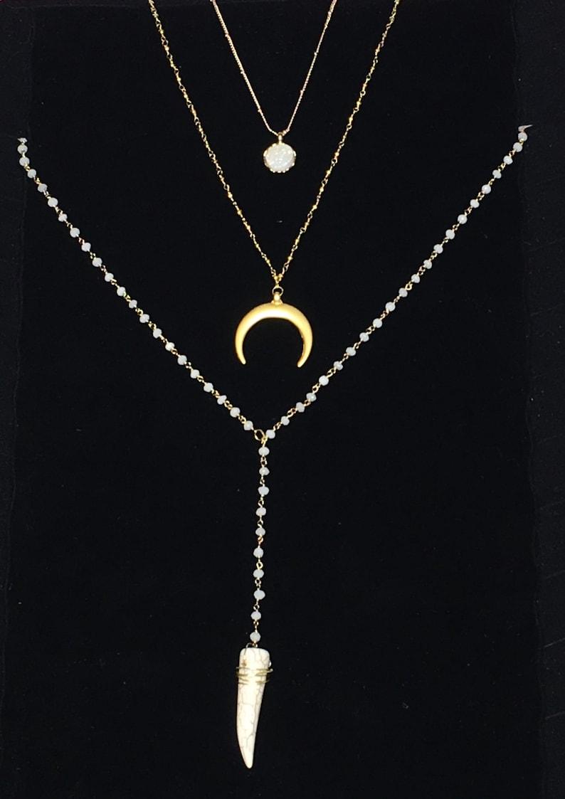 White Rosary Necklace Howlite Jewelry Howlite Lariat Necklace Howlite Necklace Y Necklace Howlite Pendant Necklace Horn Necklace