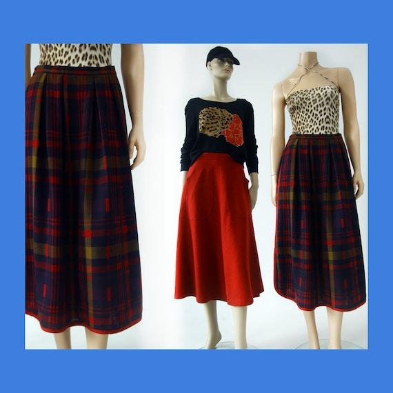 Vintage AROLA Finnish plaid wool maxi skirt for wo